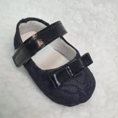 sapatinho preto renda / laço preto
